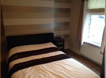 EasyRoommate UK - Double room for rent  - Bexley, London - £550