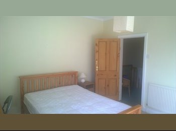 EasyRoommate UK - Double room available in Ashton - quiet area - Preston, Preston - £310