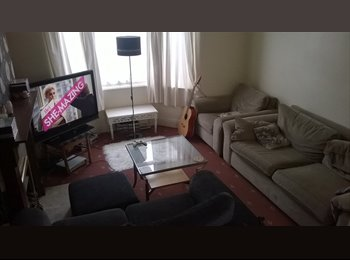 EasyRoommate UK - Double room, rent includes ALL bills and Wi-fi! - Hartburn, Stockton-on-Tees - £300