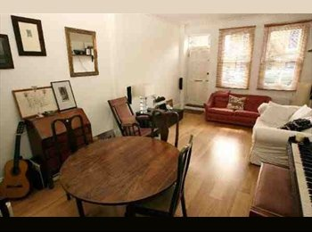 EasyRoommate UK - Room to rent in lovely house in sunny Streatham - Streatham, London - £635
