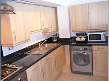 EasyRoommate UK - Newly Built Double Room - Brent, London - £600