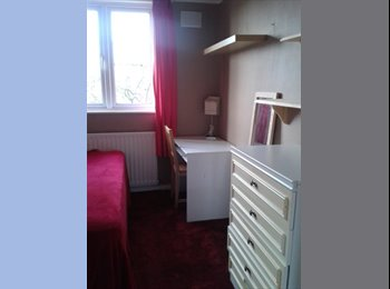 EasyRoommate UK - SINGLE BEDROOM - Streatham, London - £390