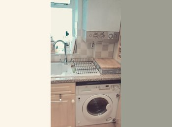 EasyRoommate UK - Earls Court/ West Brompton SW6 - Lovely Room - Fulham, London - £884