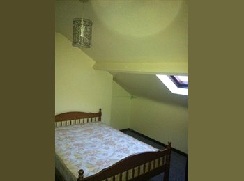 EasyRoommate UK - 2 double rooms for rent, east Belfast - Cregagh, Belfast - £250