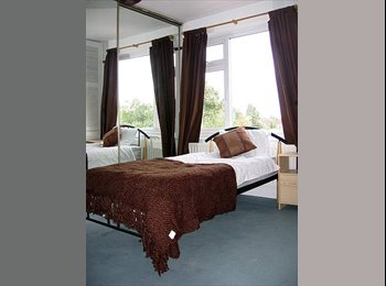 EasyRoommate UK - Double room near town centre and train station - Cheylesmore, Coventry - £310