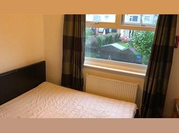 EasyRoommate UK - house share coventry - Cheylesmore, Coventry - £360