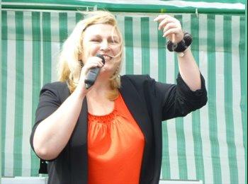 EasyRoommate UK - Sarah - 47 - Bournemouth