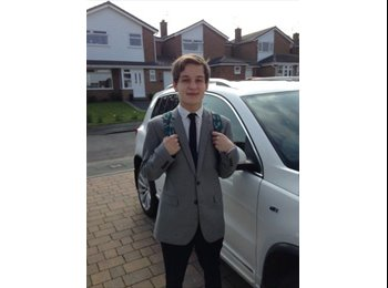 EasyRoommate UK - niall lee carroll - 18 - Macclesfield