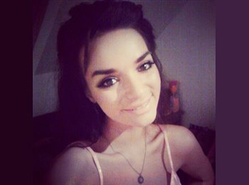 EasyRoommate UK - Grace - 21 - Salford