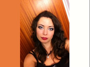 EasyRoommate UK - Samantha - 19 - Newcastle under Lyme