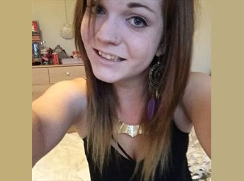 EasyRoommate UK - Wendy - 18 - Bournemouth