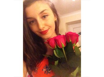 EasyRoommate UK - Anna  - 19 - Coventry