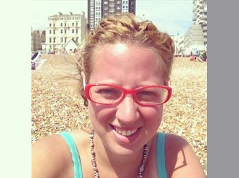 EasyRoommate UK - Helena - 35 - Brighton and Hove