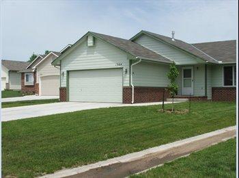 EasyRoommate US - $450 1BR/1BA, START 8/1/13, AMIABLE RENTER FOR W. - Wichita, Wichita - $450