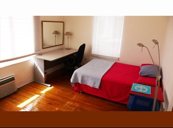 EasyRoommate US - Cute cozy and nice room in South Beach - Miami Beach, Miami - $1200