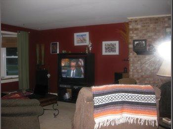 EasyRoommate US - 3 bedroom townhouse to share - Buffalo, Buffalo - $450