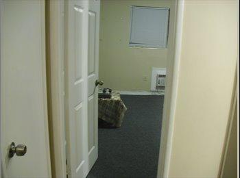 EasyRoommate US - need a female roomate 600.00 per month - Miami Beach, Miami - $600