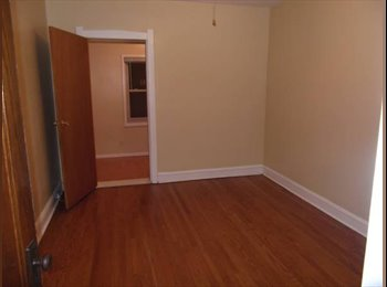 EasyRoommate US - 1 Room available in 2 bedroom 1 bath apartment - Portage Park, Chicago - $550