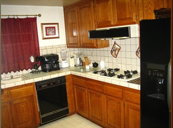 EasyRoommate US - Quiet Canyon Crest Area - Riverside, Southeast California - $500