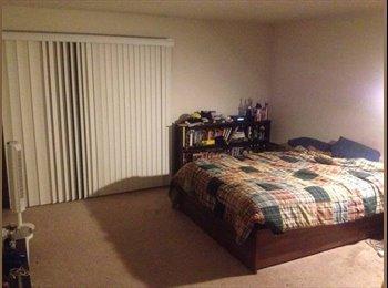 EasyRoommate US - Huge Master Bedroom For Rent!!!! Available  NOW! - Winnetka, Los Angeles - $800