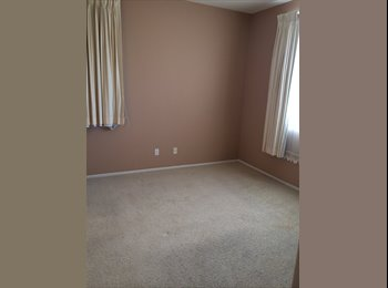 EasyRoommate US - room for rent nice area - Costa Mesa, Orange County - $600