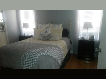 EasyRoommate US - Master Bedroom & Private Master Bathroom for Rent - Davie, Ft Lauderdale Area - $735