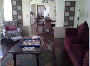 EasyRoommate US - Master bedroom/ Own Entrance - Long Beach, Los Angeles - $650