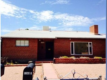 EasyRoommate US - $450 / 3br - University of Arizona Nursing student - Tucson, Tucson - $450