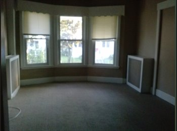 EasyRoommate US - 3 bedroom in great neighborhood - Pine Hills, Albany - $1150