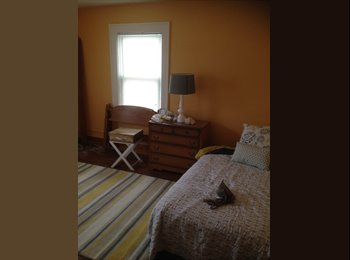 EasyRoommate US - Rochester U of R - 19th Ward, Rochester - $500