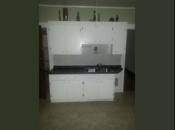 EasyRoommate US - 2 Spacious 3 bedroom apts Eastwood - Syracuse, Syracuse - $950