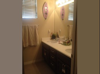 EasyRoommate US - Large Room For Rent - Escondido, San Diego - $550