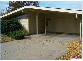 EasyRoommate US - Room for Rent - Tulsa, Tulsa - $450