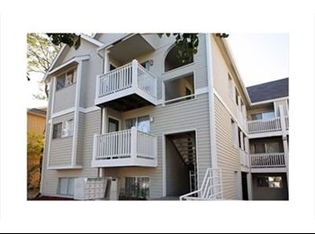 EasyRoommate US - Sublease needed at Hawks Pointe 3!! - Lawrence, Lawrence - $555