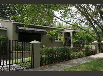 EasyRoommate US - Looking for young professional roommate - Coral Gables, Miami - $800