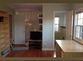 EasyRoommate US - Desirable Neighborhood/ Quaint fully furnished Roo - Bethesda, Other-Maryland - $975
