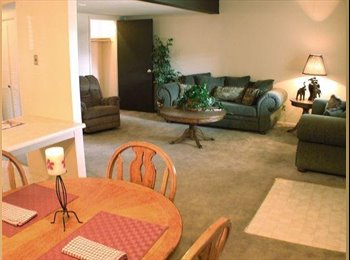 EasyRoommate US - Looking for a cool, laid back roommate! - Topeka, Topeka - $285