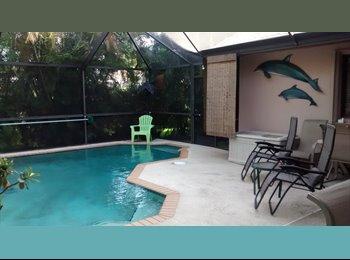 EasyRoommate US - Car luck - Dania Beach, Ft Lauderdale Area - $950