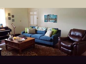EasyRoommate US - Seeking roomie to share lovely apartment - Louisville, Louisville - $500