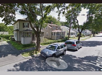 EasyRoommate US - Master Bedroom Available in 3 BR Single Family - Worcester, Worcester - $700