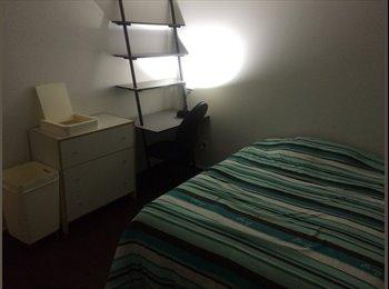EasyRoommate US - Private bedroom, bathroom and parking space. - Silverlake, Los Angeles - $675