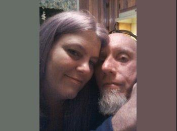 EasyRoommate US - Melissa & Rob - 43 - Wilmington