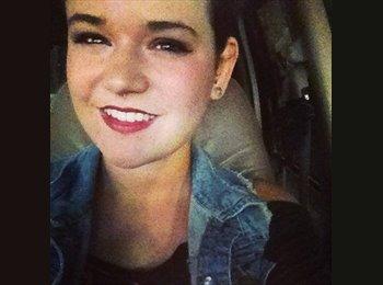 EasyRoommate US - Kelsey - 20 - Indianapolis Area