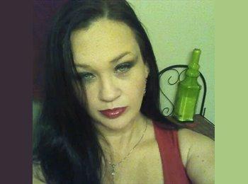 EasyRoommate US - Kristin - 42 - Louisville