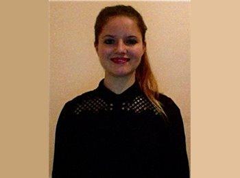 EasyRoommate US - Mathilde - 20 - Dallas