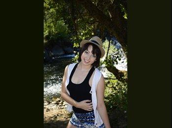EasyRoommate US - Michelle  - 18 - San Diego
