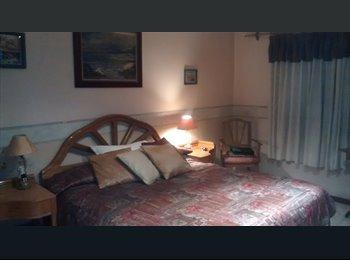 CompartoDepto AR - ALQUILO: Habitacion matrimonial c/baño en suite. - Mendoza Capital, Mendoza Capital - AR$4000