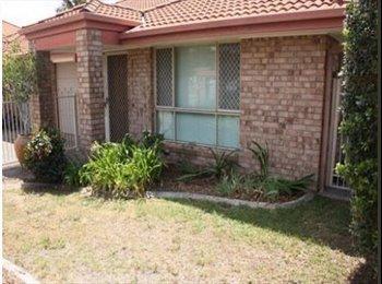 EasyRoommate AU - share accommodation - Coombabah, Gold Coast - $600