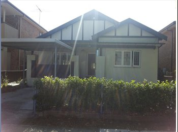 EasyRoommate AU - Rooms for rent  - Granville, Sydney - $600