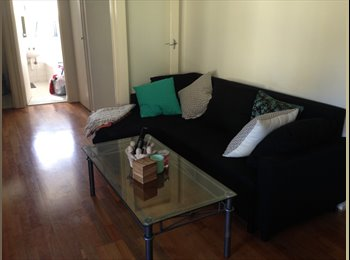 EasyRoommate AU - Room Available ASAP - Bentleigh, Melbourne - $800